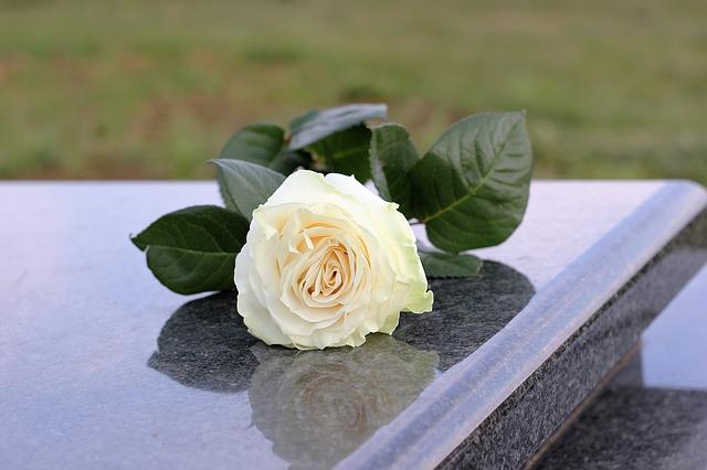 sartore-marmi-arte-funeraria-padova