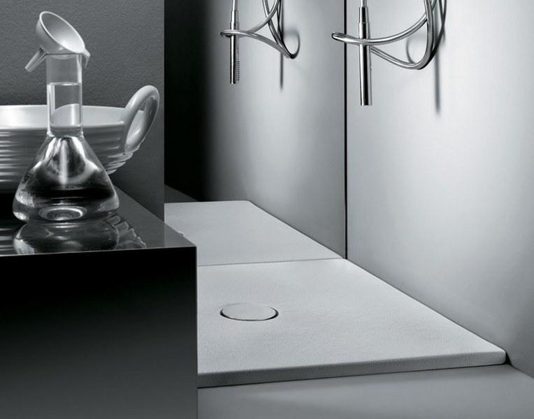 (1)piatto-doccia-bagno_764x600
