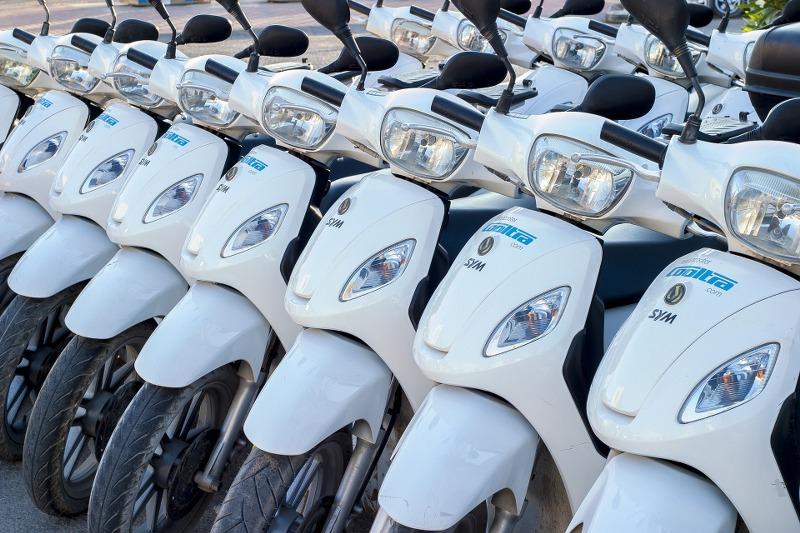 Il noleggio di moto e scooter a lungo termine è conveniente o è meglio l'acquisto?