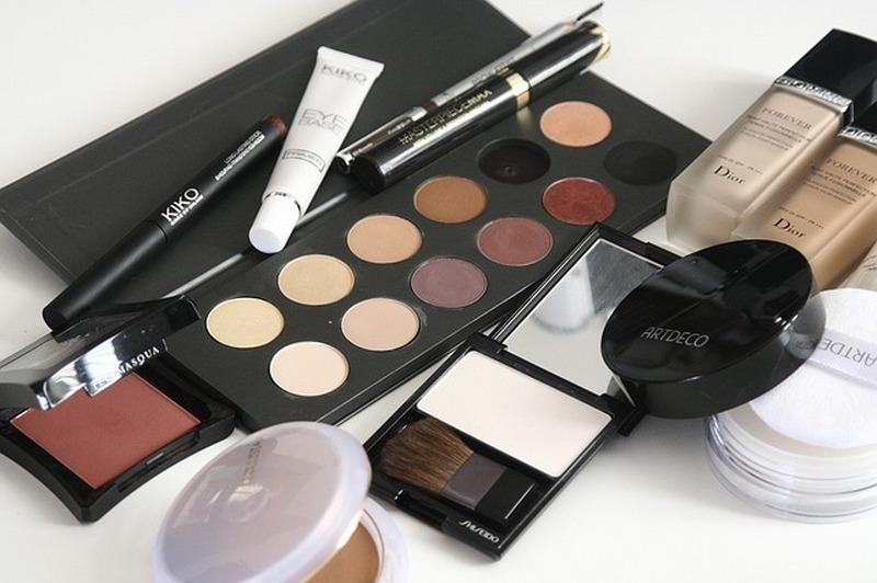 Boom per la cosmetica online: ecco i dati