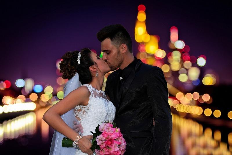 Bouquet da Sposa: 8 motivi per preferirlo di fiori finti