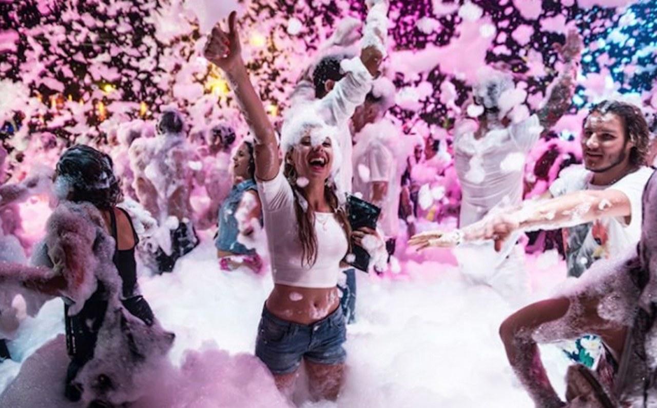 La festa estiva più in voga: lo schiuma party